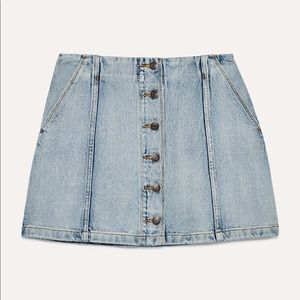 Aritzia Wilfred Free Button Denim Skirt